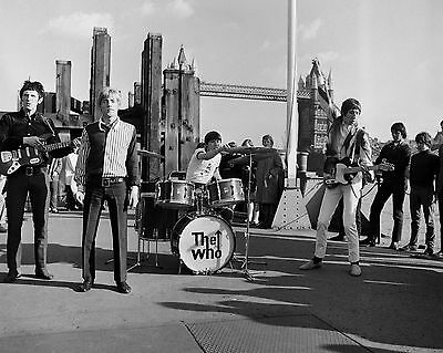 The Who 10  X 8  Photograph No 35 • 3.50£
