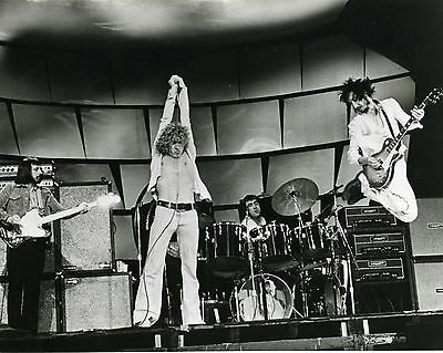The Who 10  X 8  Photograph No 66 • 3.50£