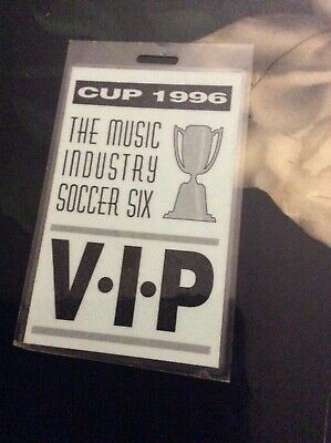 Music Industry Soccer Six Cup - Oasis Blur Pulp - VIP Pass Laminate  1996 Rare! • 49.99£