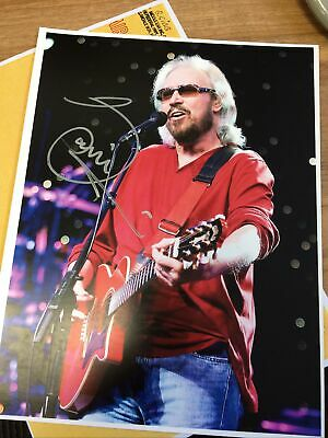 BARRY GIBB FROM THE BEE GEES ORIGINAL SIGNED AUTOGRAPH PHOTO 11  X 8.5  • 80£