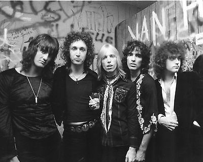 Tom Petty And The Heartbreakers 10  X 8  Photograph No 1 • 3.50£