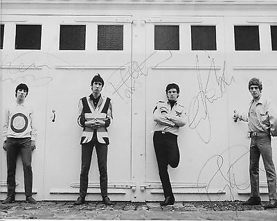 The Who 10  X 8  Photograph No 47 • 3.50£