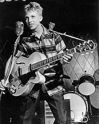 Tommy Steele 10  X 8  Photograph No 8 • 3.50£