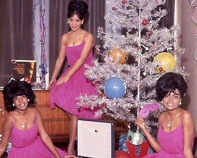 The Supremes Christmas 10  X 8  Photograph 1 • 3.50£