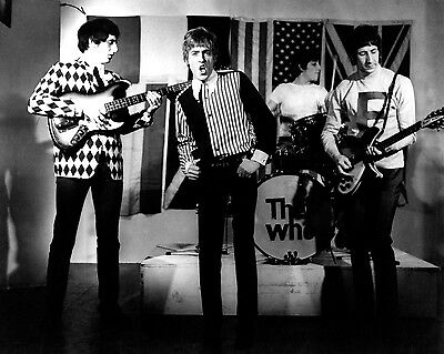 The Who 10  X 8  Photograph No 73 • 3.50£
