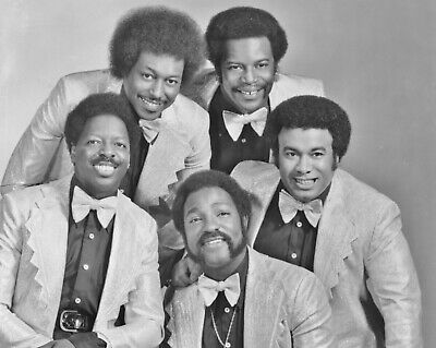The Spinners 10  X 8  Photograph  • 3.50£