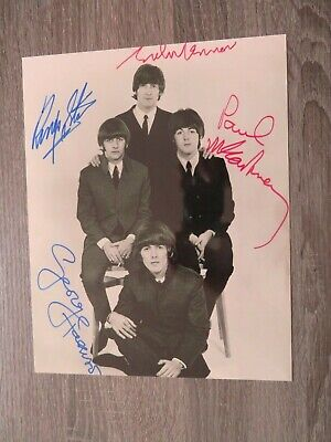 The Beatles Signed Print • 6£