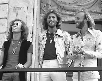 Bee Gees 10  X 8  Photograph No 40 • 3.50£