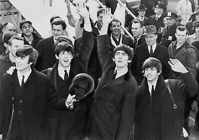 Beatles - Collection Of 50 Different Photo Postcards # 1 • 19.99£