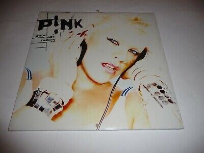 Pink - Official 2005 Calendar SEALED • 17.50£