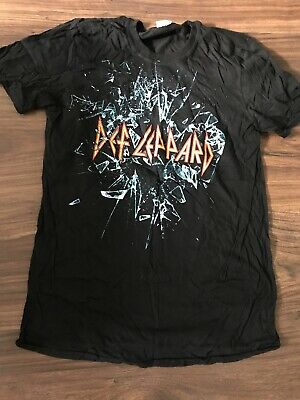 Def Leppard 2015 UK Tour T-shirt Mens Size M • 0.99£
