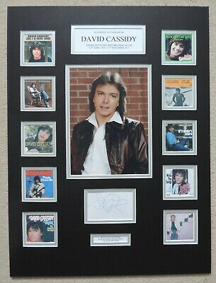 David Cassidy - Unique Signed / Autograph Display - Singles Collection - Coa • 275£