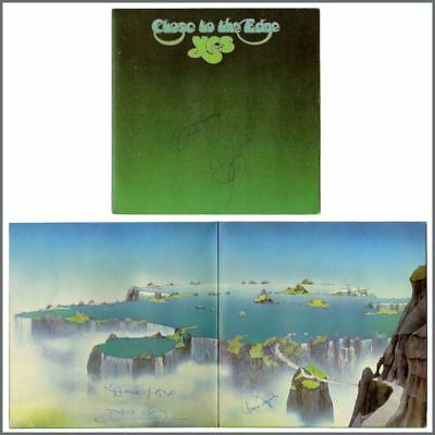 Yes 1975 Autographed Close To The Edge LP (UK) • 385£