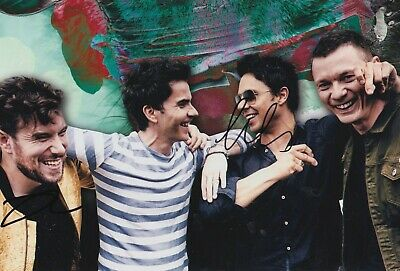 Stereophonics Hand Signed 12x8 Photo - Music Autograph. • 39.99£