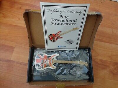 Atlas Editions - Pete Townsend Fender Stratocaster The Who Guitar Replica Model • 29.99£