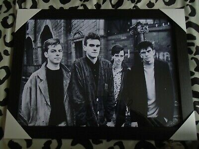 The Smiths / Morrissey Photograph In Black Frame *NEW * • 15£