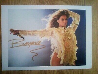Beyonce Signed Photograph A4 Repro / Print • 4.99£