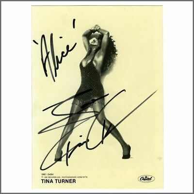 Tina Turner Autographed 1990 Capitol Records Promotional Photograph • 137.50£