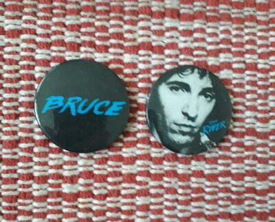 2 X Bruce Springsteen The River Tin Badges 1981  • 1.99£