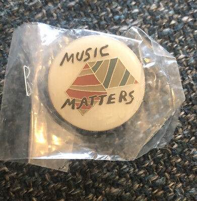 The Horrors - Faris Badwan Music Matters Limited Signature Badge • 10£