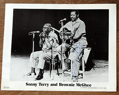 OLD PROMO PHOTO Blues Harpist Sonny Terry & Blues Singer Brownie McGhee SIGNED • 22£