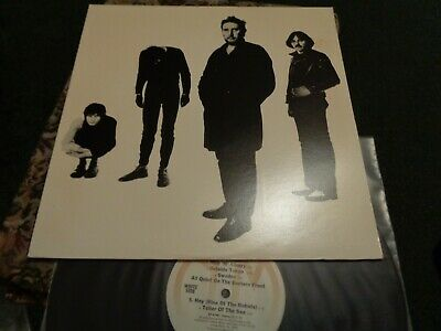 Scarce The  Stranglers, U.S.A. Issue On A & M Label. Black Vinyl, Black & White • 19.99£